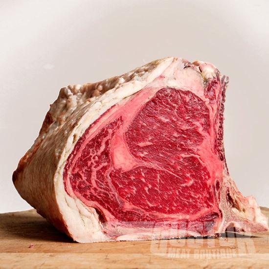 aubrac dry aged cote a l'os entrecote sirloin steak